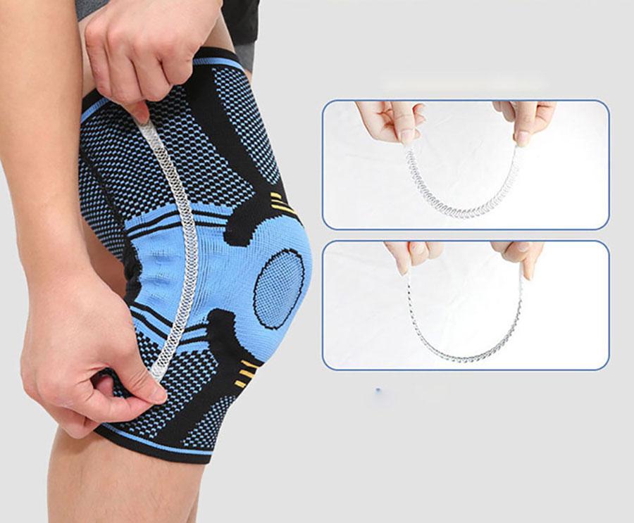Chạy dọc 2 bên thành đai là 2 thanh nhựa cao su dẻo giúp tăng độ chắc chắn cho đai bảo vệ nhưng không cản trở quá trình vận động