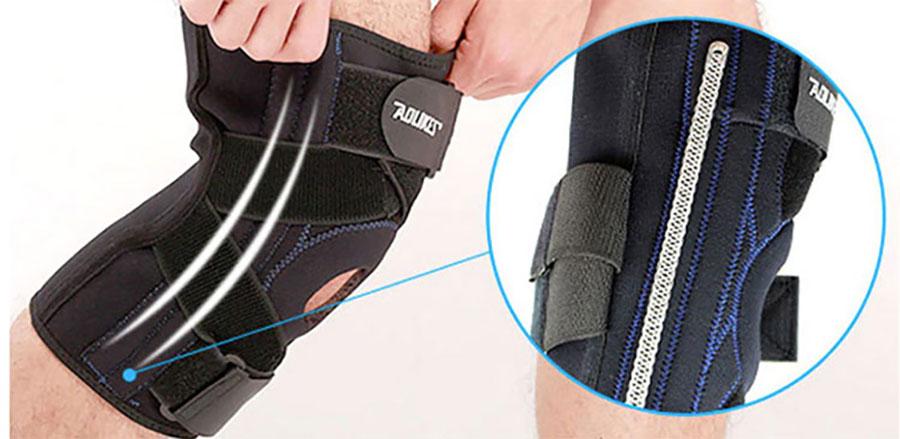 Tích hợp 4 thanh cao su đàn hồi 2 bên cạnh giúp cử động gập chân thoải mái, không cứng nhắc