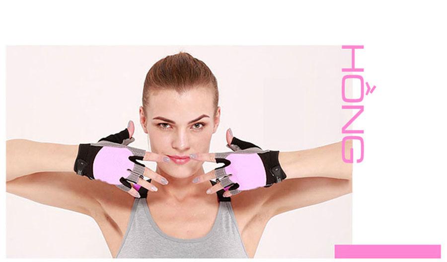 Mặt dưới găng tay là lớp da bọc mút đệm bảo vệ tay tránh khỏi các va chạm gây nguy hiểm