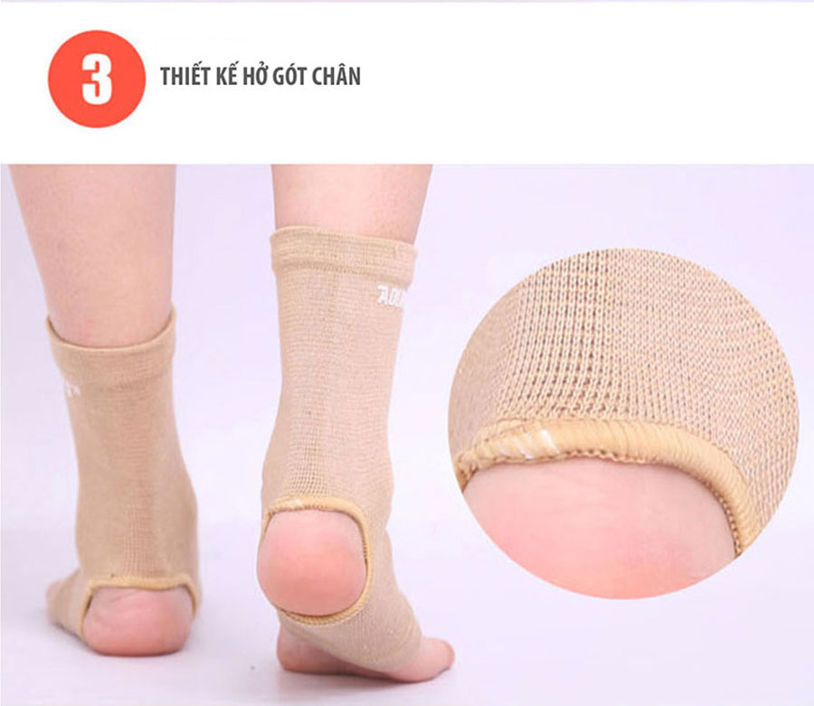 Thiết kế tất chân hở gót giúp thoát khí, dễ sử dụng