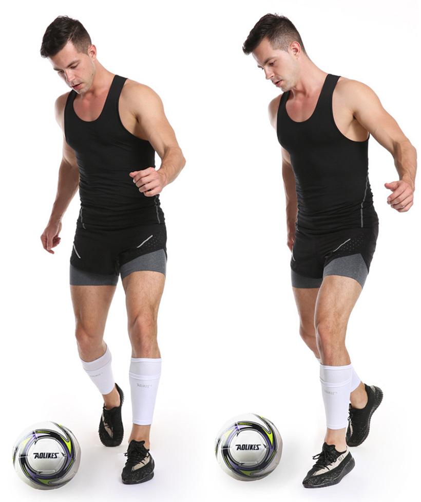 Sử dụng sản phẩm tất bảo vệ ống đồng khi chơi bóng đá